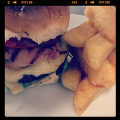 @Tom_Herbert_  end result with Hobbs house bakery #burger buns #Chefs