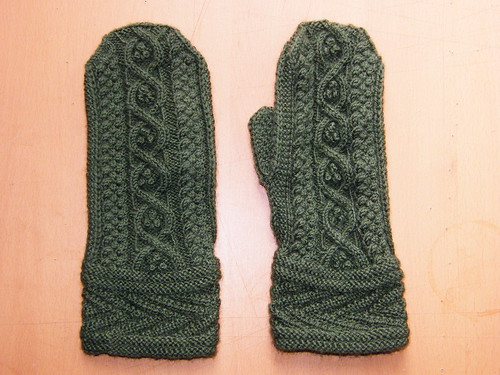 Druid Mittens - mid blocking