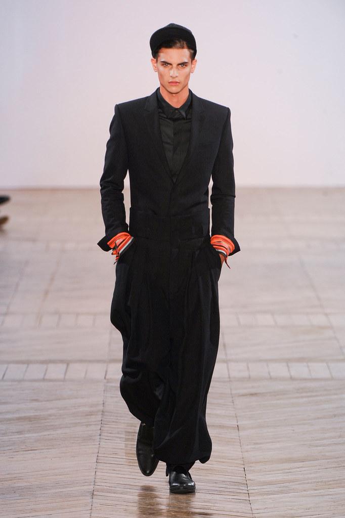 SS13 Paris Juun J.036_Russell Giardina(fashionising.com)