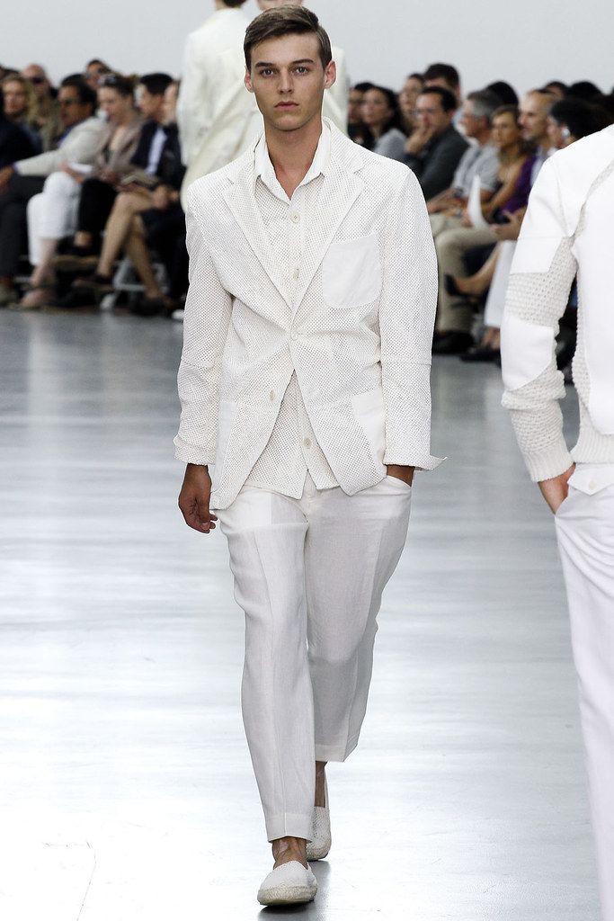 Robbie Wadge3606_SS13 Milan Corneliani(VOGUE)
