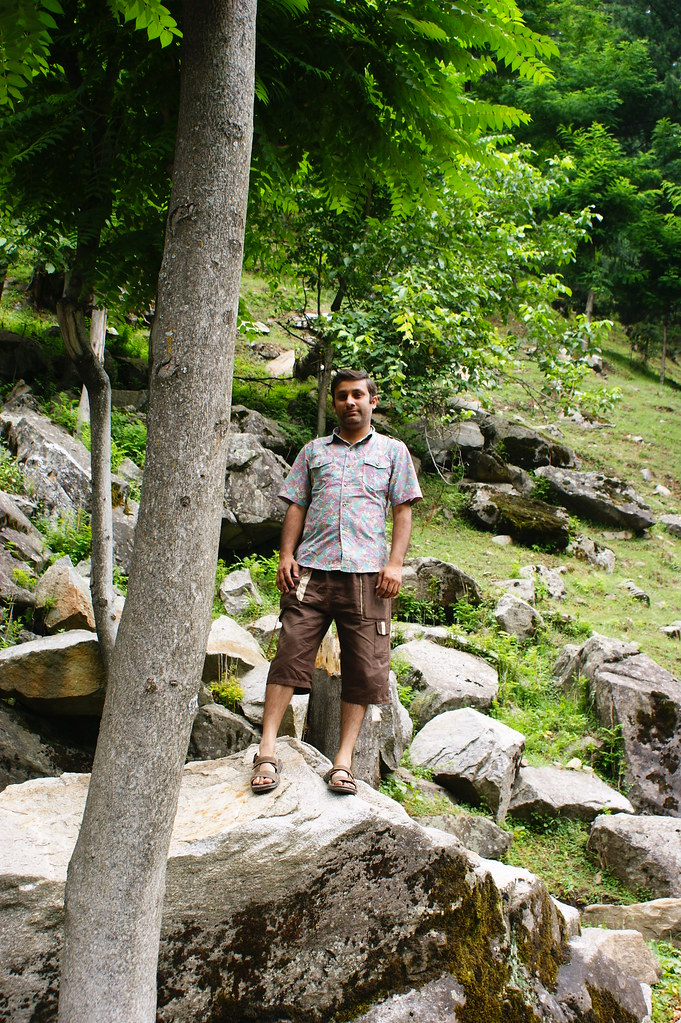 """MJC Summer 2012 Excursion to Neelum Valley with the great """"LIBRA"""" and Co - 7642354208 b34c95d659 b"""