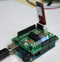 Amarino- Android- Arduino- Shield (2)