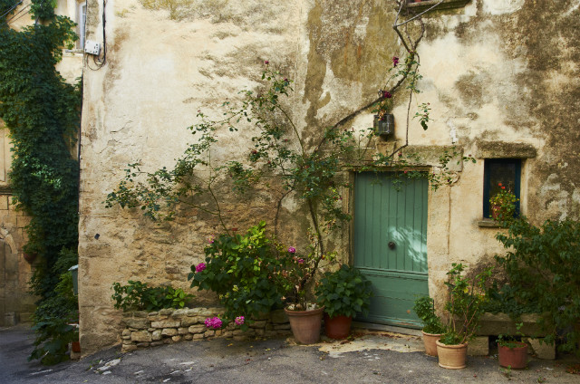 Village hopping in the Provence