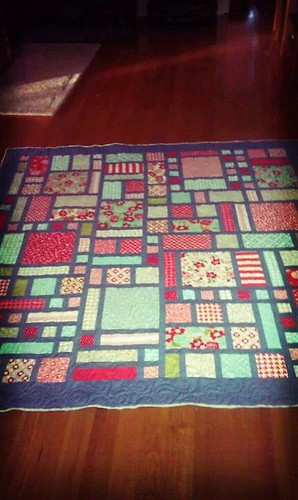 Sweet Garden made with Vintage Modern Layer Cake by ladybug quilting