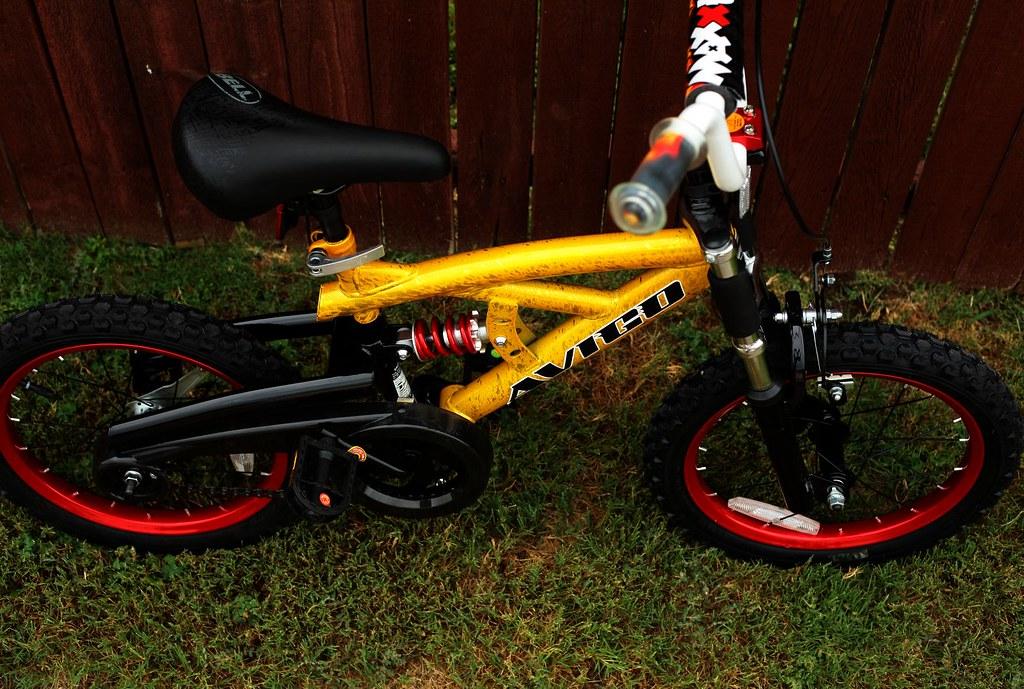 Avigo Maxx Trax 16 Inch Boys Bike A Photo On Flickriver