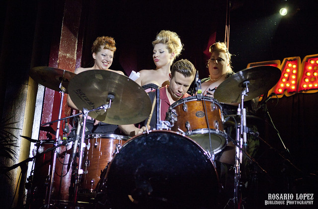 Drums & beauties