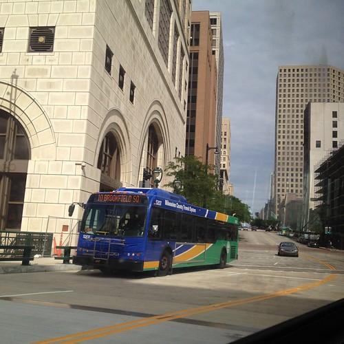 Milwaukee bus