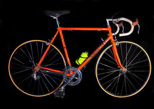 bike bicycle blackbackground vintage sb600 foreign softbox collector roadbike strobes offcameraflash campagnolosuperrecord sb700 restoredbike colnagosupermavicssc