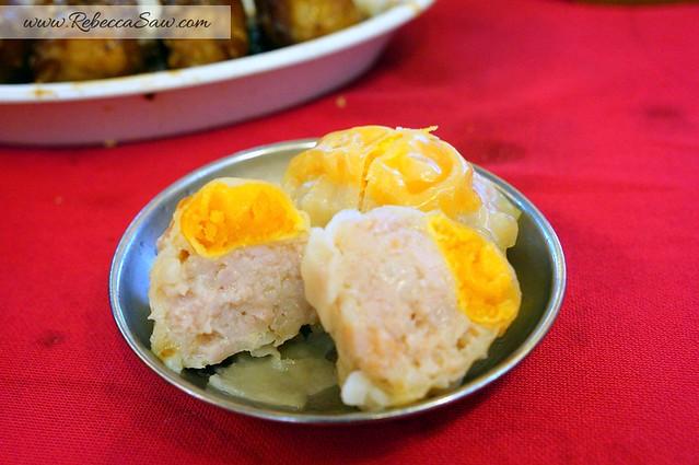 dim sum - kong mah sdn bhd - sg buloh - salted egg siew mai