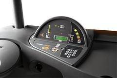 Système de contrôle Access 1 2 3® de Crown permet aux caristes de régler les performances de leur chariot élévateur directement, et communique des informations d'exploitation et d'entretien.