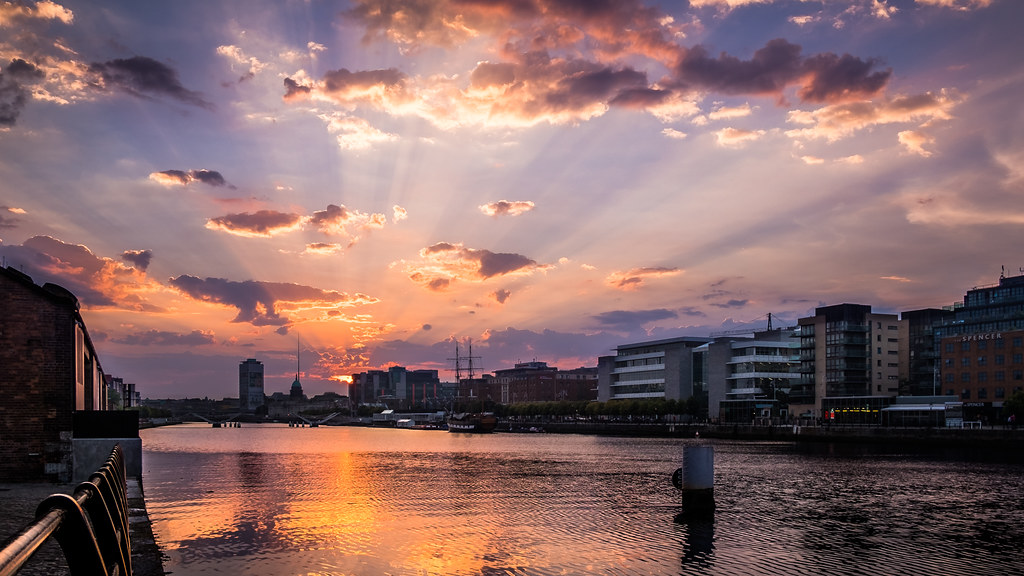 The sunset - Dublin, Ireland - Cityscape photography