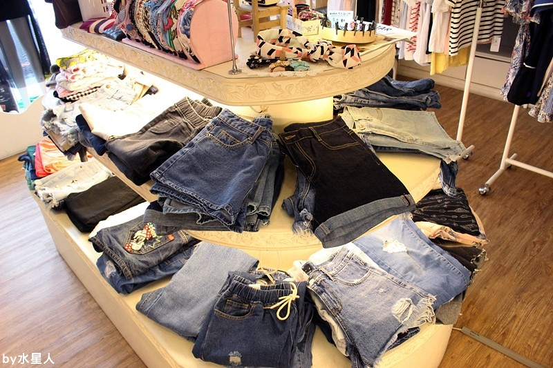 29092946151 35576f14e6 b - 熱血採訪 | 台中北區【Tebaa】一中街韓國服飾店,cp值超高的平價正韓貨賣家,有FB連線代購社團,