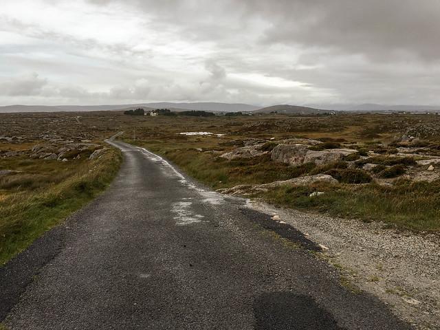 Narrow road among the rocks