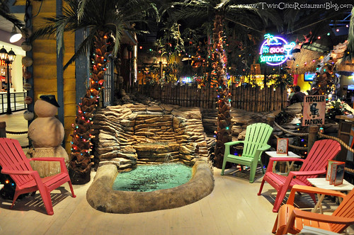 Waiting Area at Kokomo's Island Cafe ~ Mall of America, MN