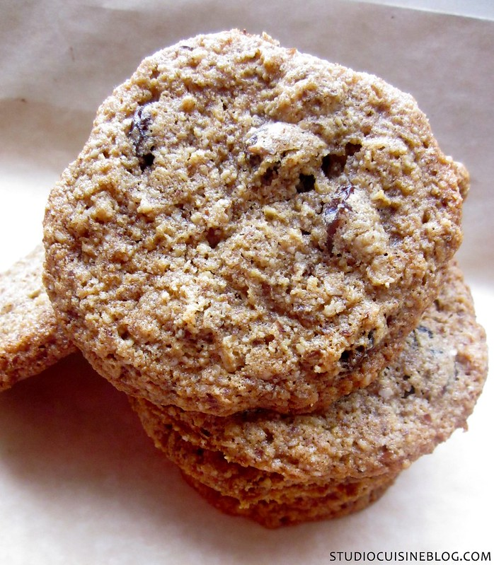 Gluten Free Oatmeal Raisin Flax Cookies - find this recipe and more at studiocuisineblog.com