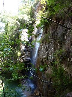 Descente de la Frassiccia : arrivée à la cascade de la confluence