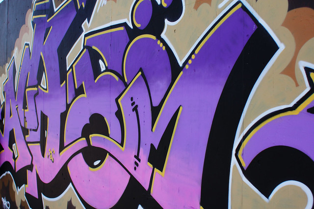 grafitti purple