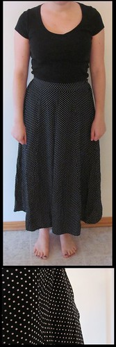 06 black white polka dot maxi skirt closeup