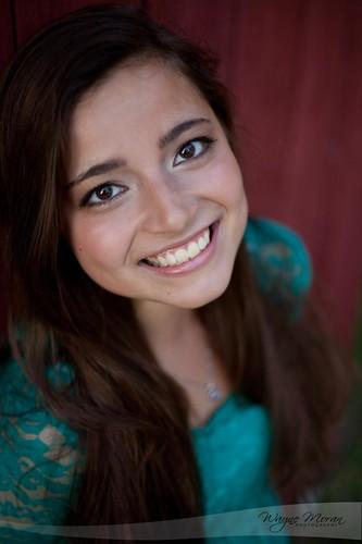 Senior Portraits - Alyssa Oakman by !!WaynePhotoGuy