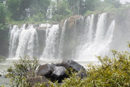 Tad Lo Waterfalls