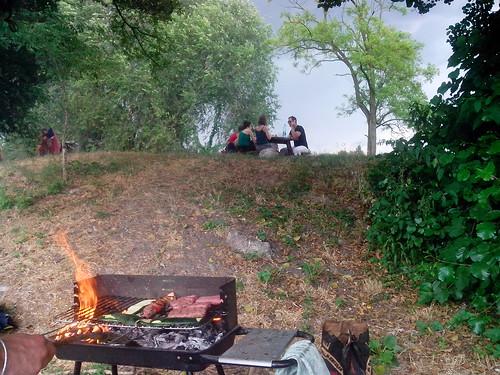 Barbecue sulle sponda d'Adda by Ylbert Durishti