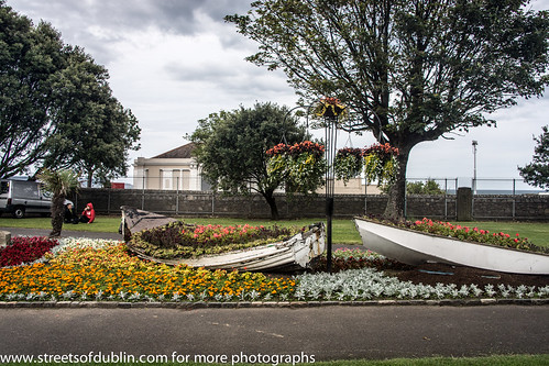 People's Park In Dun Laoghaire (Ireland) by infomatique
