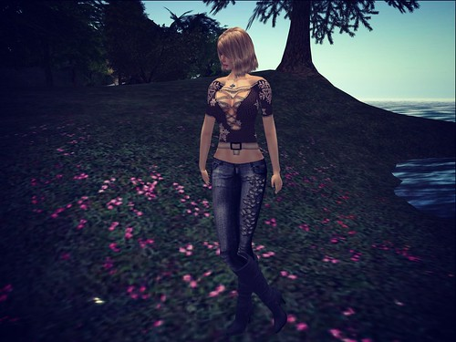! Glitterati by Sapphire ! ~ Well Loved Skinny Jeans - Leaves - Black by Cherokeeh Asteria