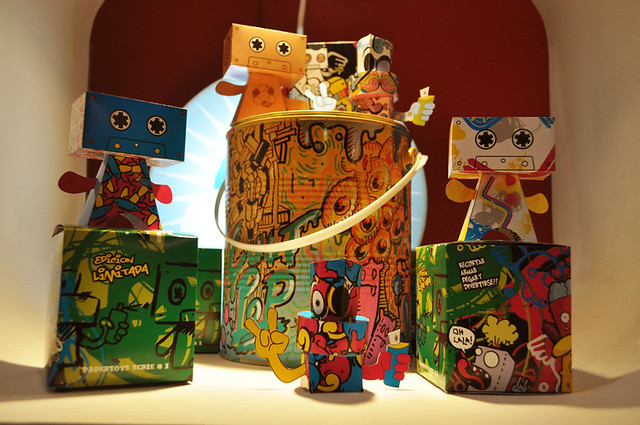 paper toys 2012