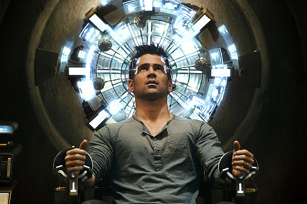 Colin Farrell gets his mind blown in a not-at-all mind blowing TOTAL RECALL.