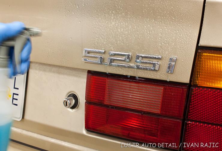 95 BMW 525i sprayed with Optimum No Rinse