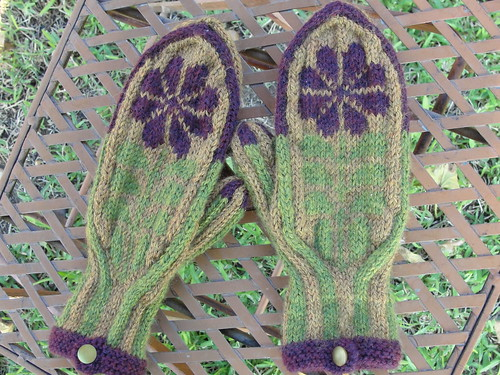 Blomst Mittens 1.4