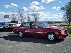 automobile, vehicle, mercedes-benz w124, full-size car, compact car, mercedes-benz 500e, sedan, classic car, land vehicle, luxury vehicle,
