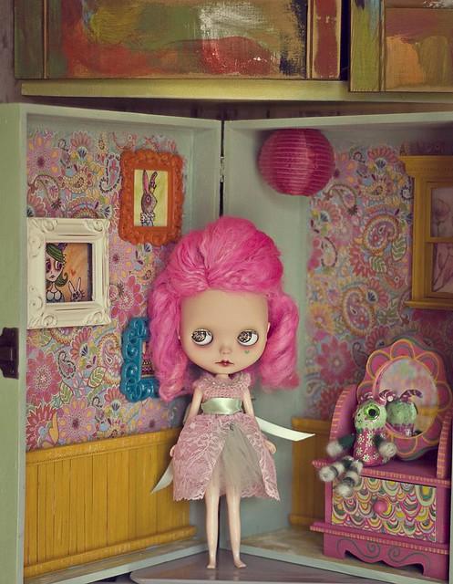 Paisley's Roombox