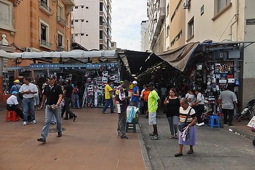 La Bahía (Guayaquil) by asturconmar( Marcos)