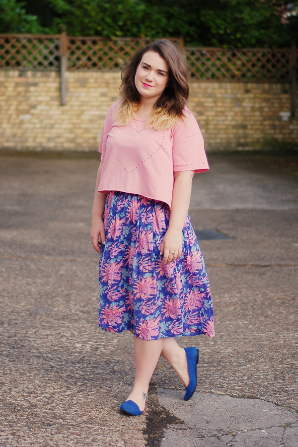Wardrobeblock : Topshop peach heart crop top tee vintage midi skirt coral turqouise pink blue New Look loafers