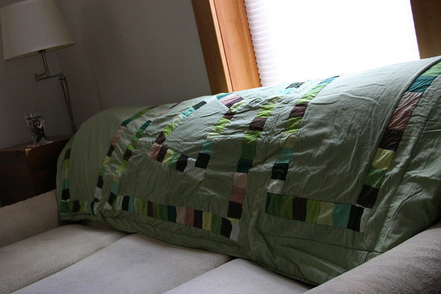 new house quilt in action!