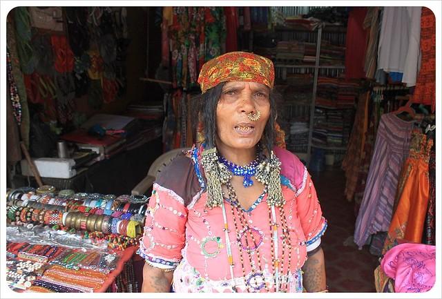 palolem souvenir vendor