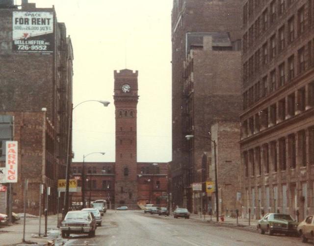 600 S Dearborn Street 1979-1981