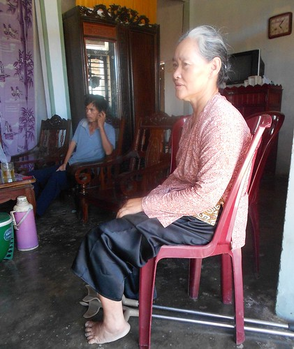 Ms. Dao Thi Thuyen, biogas beneficiary
