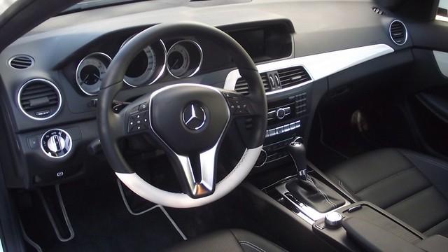 Prueba Clase C Coupe 220 cdi interiores (41)