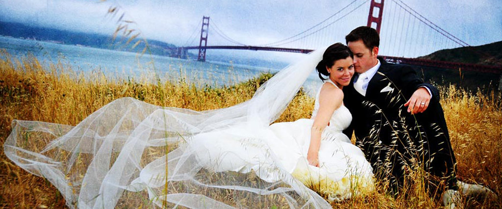 Wedding couple, Golden Gate Bridge