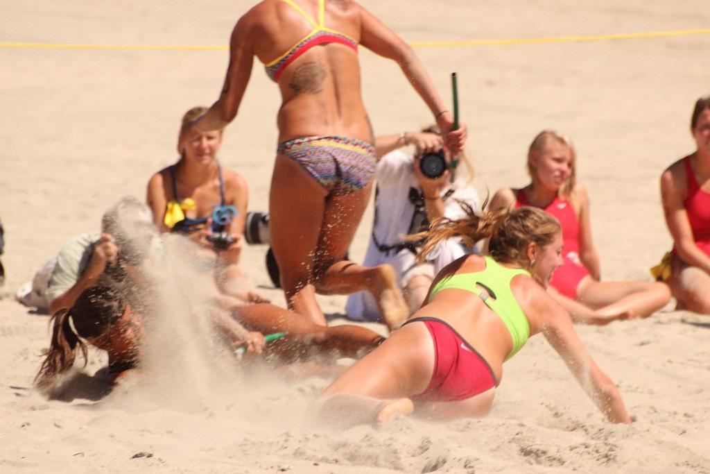 def811585 by Hypnotica Studios Infinite · All Women Lifeguard Tournament 2012