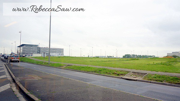 Paris Charles de Gaulle Airport - rebeccasaw (3)