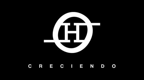 C R E C I E N D O by Oscar Hauyon
