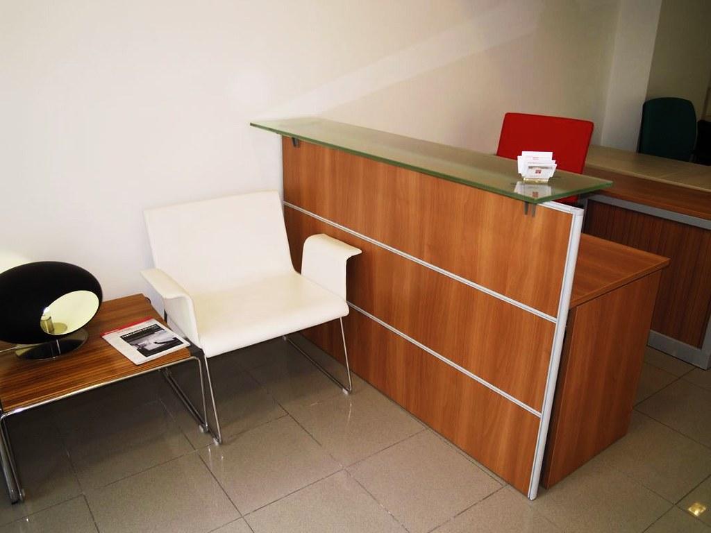 Muebles de oficina en barcelona tiendas de muebles para Outlet muebles barcelona