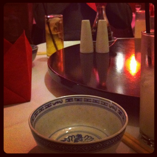 Waiting patiently at the lazy susan shop #fridaynight #dinner #chinese