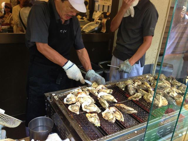 宮島名物、牡蠣