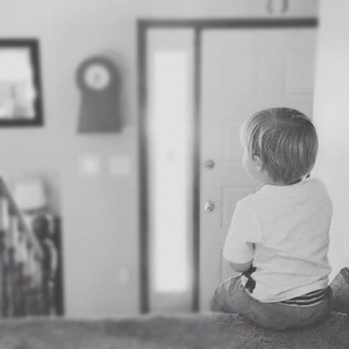 Waiting for daddy to come home.