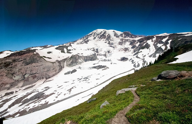 Rainier from Skyline Trail (pano)