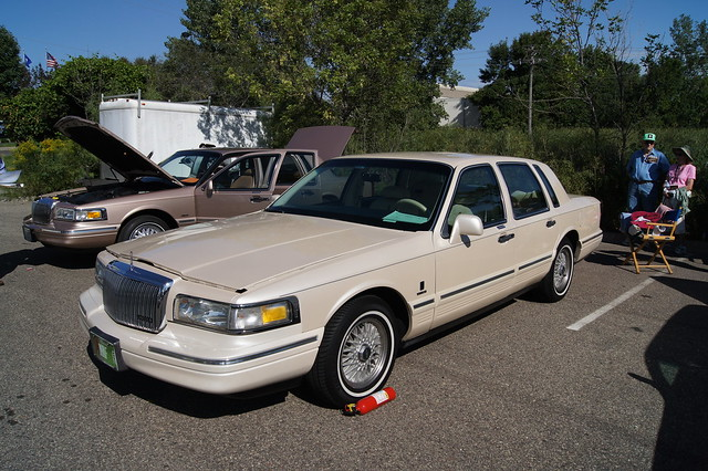 96 lincoln town car lincoln continental owners club 201 flickr photo sharing. Black Bedroom Furniture Sets. Home Design Ideas